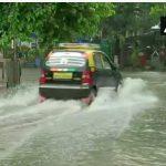 मुंबई में भारी बारिश का अलर्ट, सभी स्कूलों को किया गया बंद