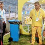 IPL: प्लेऑफ में पहुंचने पर कप्तान धोनी को मिली स्पेशल सलामी,