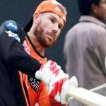 IPL: आज वॉर्नर करेंगे वापसी, गेंद से छेड़छाड़ के बाद हुए थे OUT