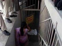 इंदौर : युवक ने दुधमुंही बच्ची के साथ पहले किया बलात्कार फिर की हत्या
