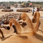 महंगाई पर चारों खाने चित्त हुआ मोदी सरकार का आखिरी बजट