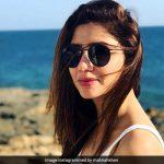 पाकिस्तानी एक्ट्रेस माहिरा खान की फोटो हुईं वायरल, Beach पर इस अंदाज में आईं नजर