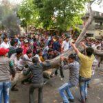बुझी नहीं विरोध की आग, मेरठ में तनाव के बीच फ्लैग मार्च, भिंड में पत्थरबाजी