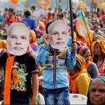 कर्नाटक: BJP का महिलाओं से 'अच्छे दिन' लाने का वादा, 5 बड़े ऐलान