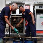 मोदी का गुड लक टाइम खत्म? शेयर बाजार के बाद पेट्रोल की कीमतों ने भी छोड़ा साथ