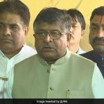 SC/ST एक्ट: SC में मोदी सरकार ने दाखिल की पुनर्विचार याचिका, रविशंकर प्रसाद बोले-हम कोर्ट के फैसले से सहमत नहीं थे