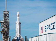 SpaceX आज लॉन्च करेगी दुनिया का सबसे पावरफुल रॉकेट, इसमें एलन मस्क की कार भी भेजी जाएगी