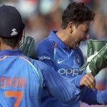 …जब इस गेंदबाज से गुस्से में बोले धोनी- मैं पागल हूं जो 300 वनडे खेला हूं