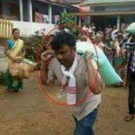फैक्ट चेक: क्या BJP MLA ने खुद पीठ पर चावल के बोरे लाद राहत कैंप तक पहुंचाए?