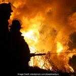 दिल्ली के नवादा इलाके में एक क्रॉकरी बनाने वाली फैक्ट्री में आग, 2 की मौत
